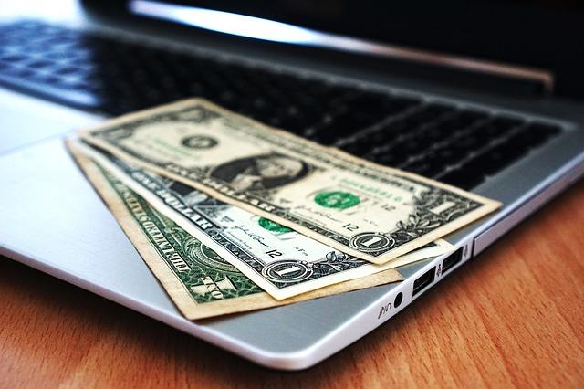 bankovky na pc.jpg
